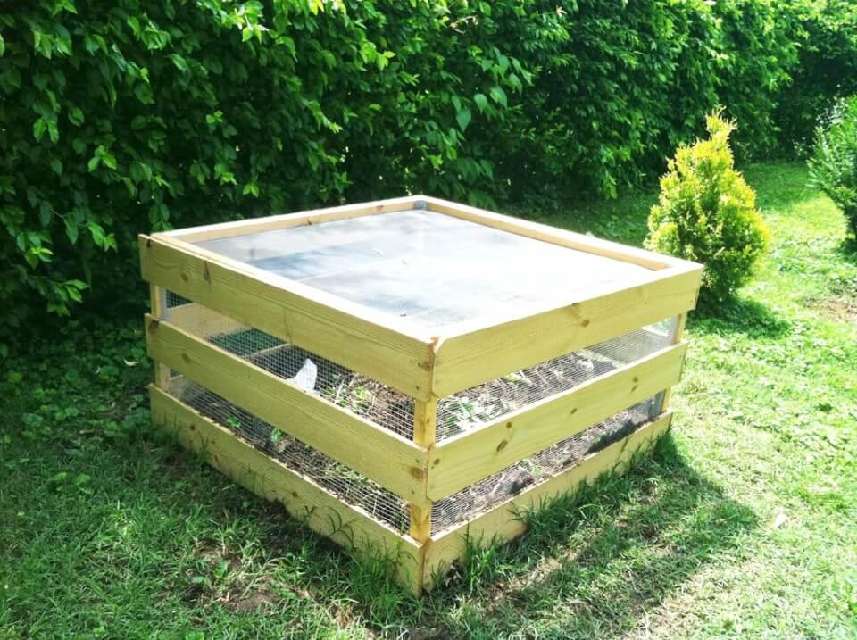 Adorable cubo de compostaje de bricolaje - Idea de jardín