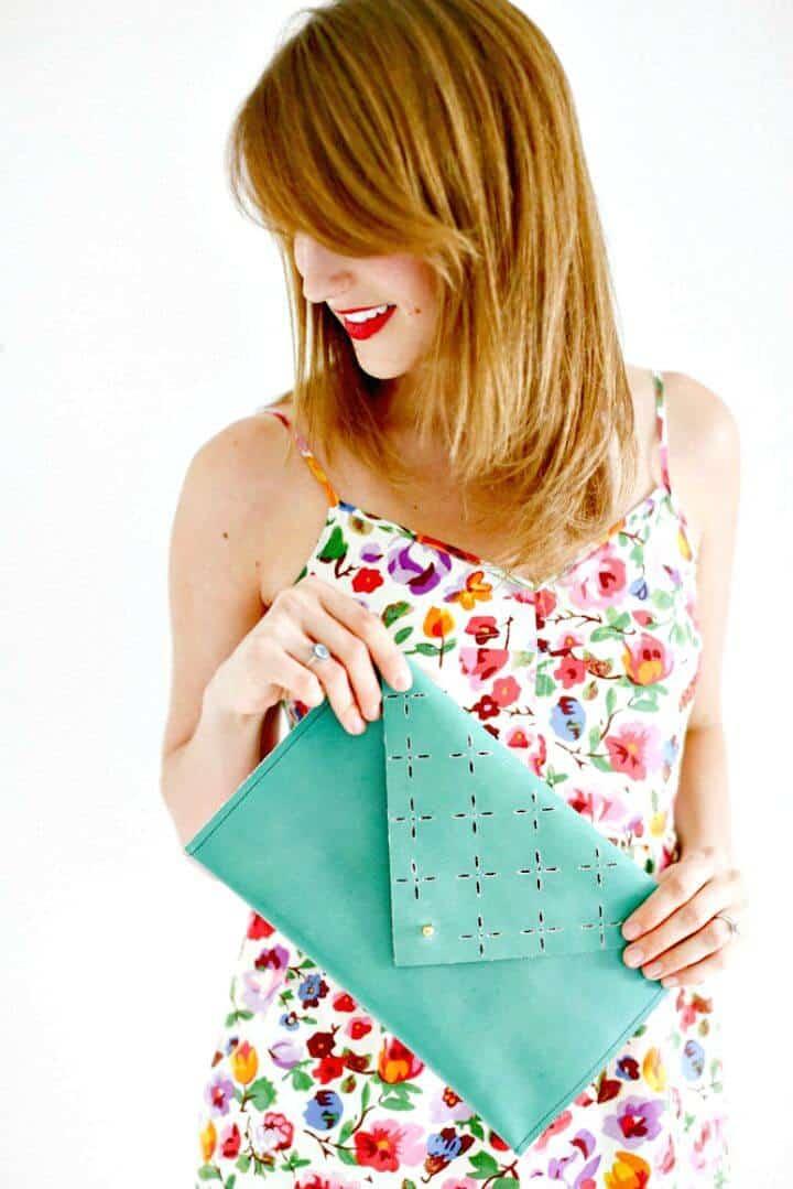 Adorable bolso de mano de cuero DIY