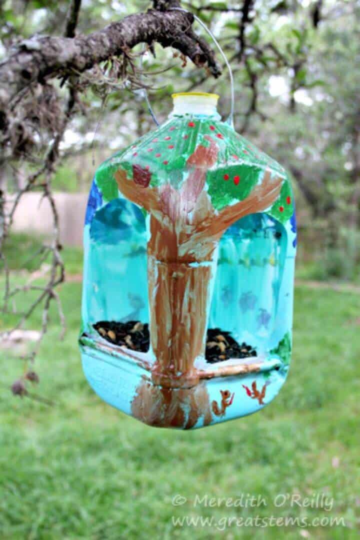 Comederos para pájaros con jarra de leche de bricolaje