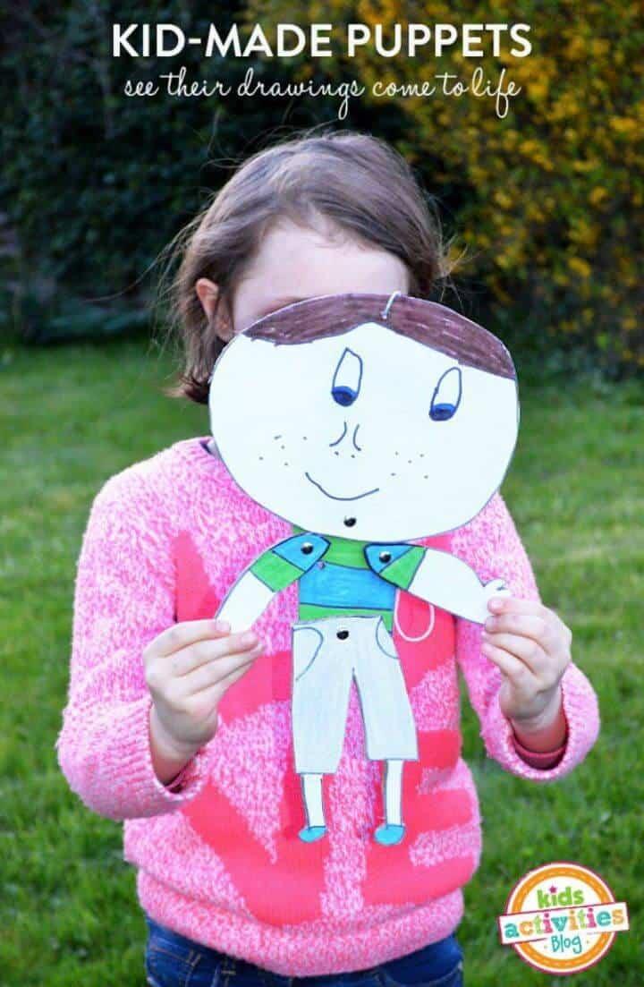 Marionetas pintadas hechas por niños para hacer bricolaje