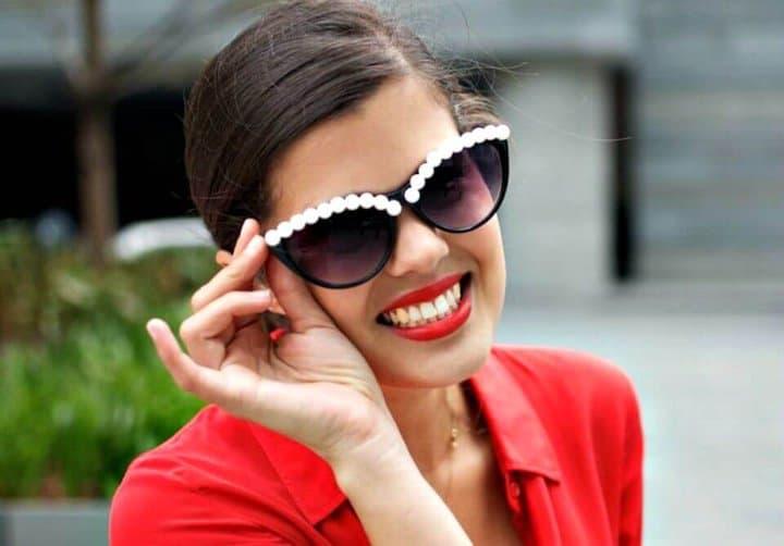 Cómo hacer gafas de sol de perlas: bricolaje impresionante