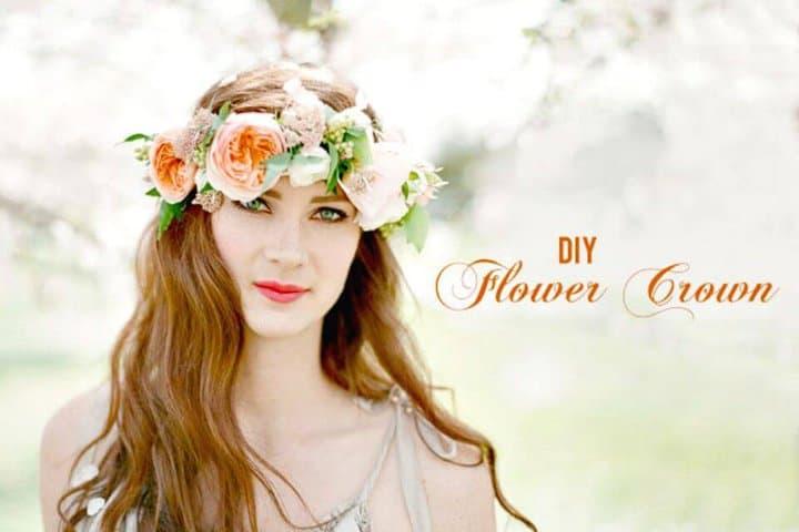 Hermosa corona de flores de bricolaje para fiestas de primavera