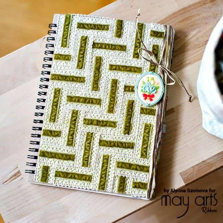 Cubierta de cuaderno inspirada en bricolaje vintage