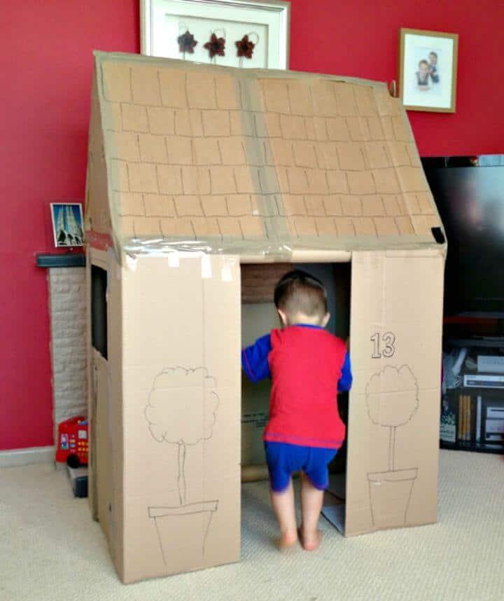 Construye una casa de juegos con cajas de cartón de repuesto: cartón reutilizable para bricolaje