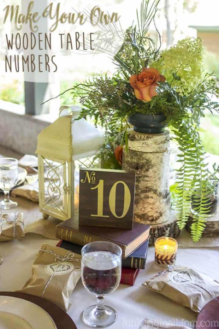 Construir números de mesa de madera para una boda