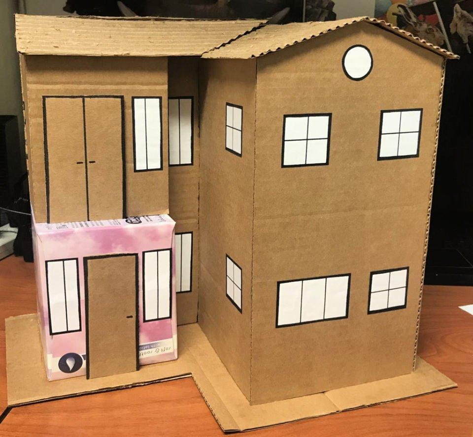 Construir una casa de cartón modelo
