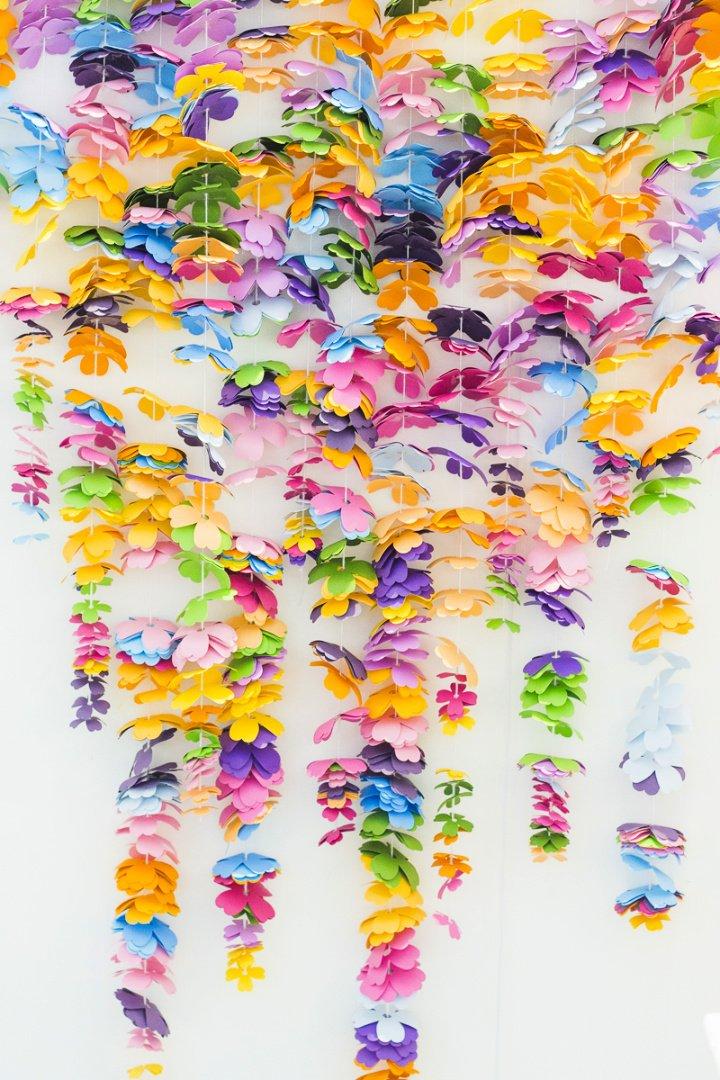 Telón de fondo de flores en cascada