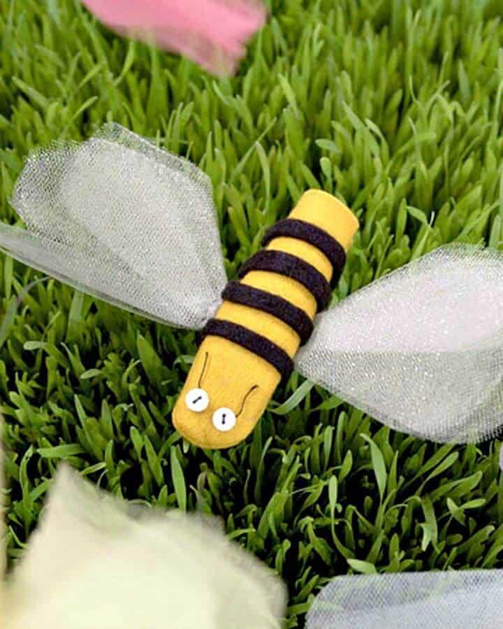 Marionetas de dedo de insectos DIY