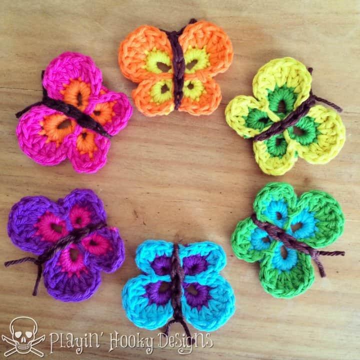 Patrón de mariposas abundantes de ganchillo