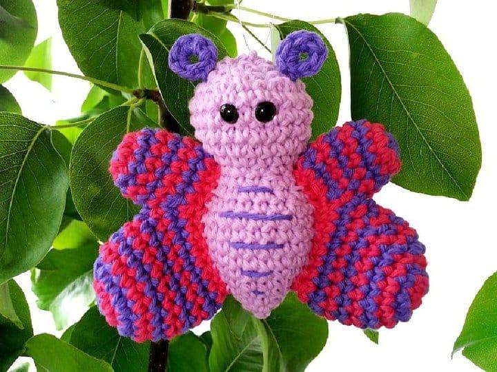 Patrón libre de amigurumi mariposa de ganchillo