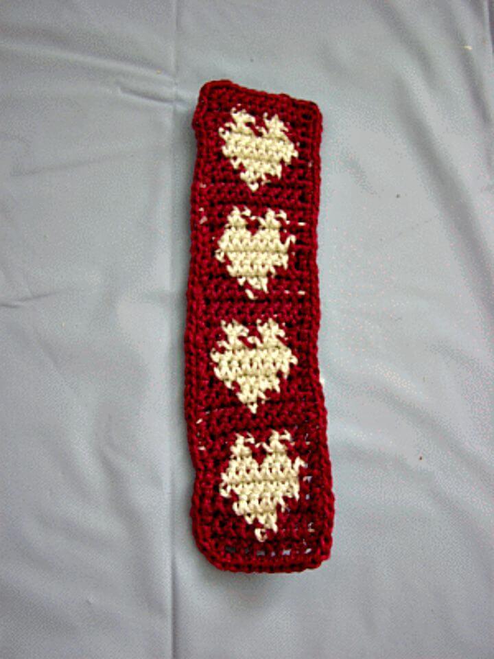 Free Crochet Hearts In A Row Patch Pattern