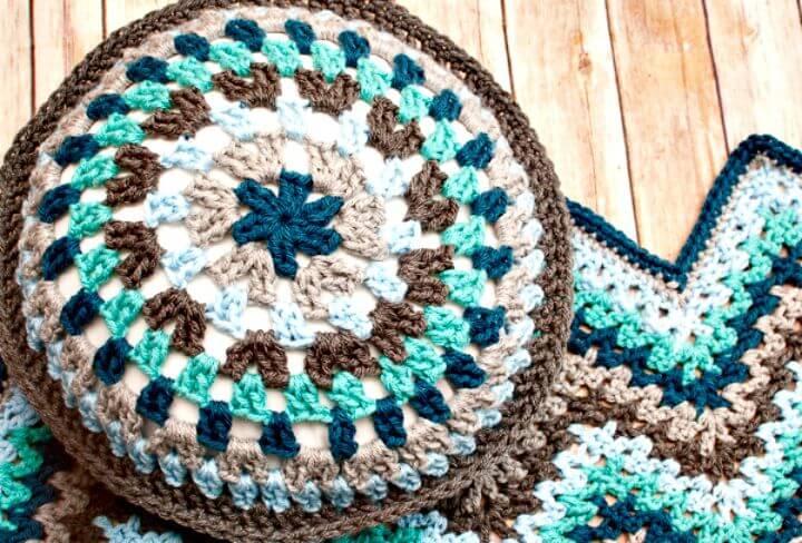 Almohada de abuelita redonda de ganchillo fácil - Patrón gratuito
