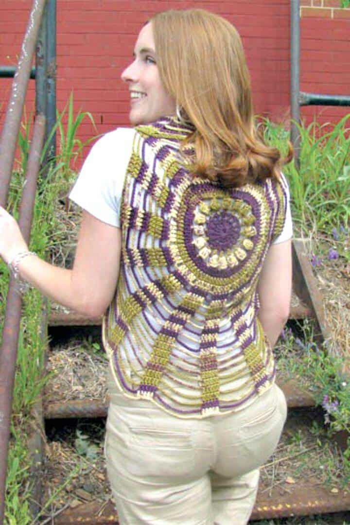 Chaleco Crochet Unchained Circles - Patrones circulares de chaleco gratis