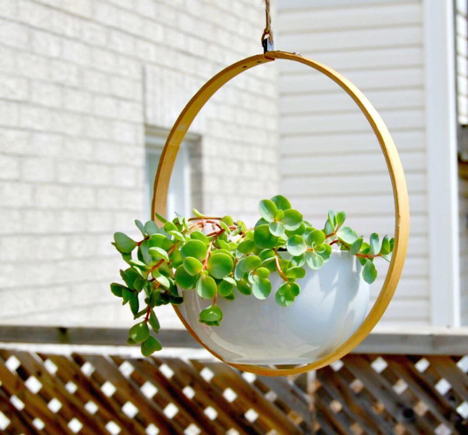 Cómo hacer una maceta colgante: vegetación de bricolaje para espacios pequeños