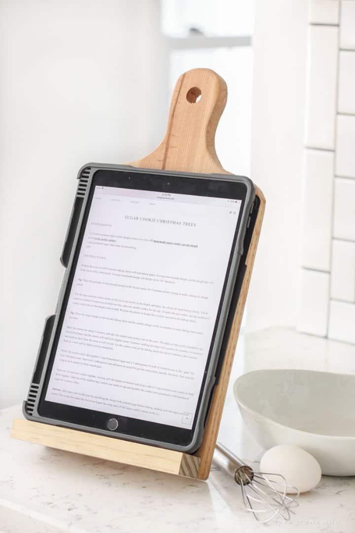 Soporte para tableta para tabla de cortar