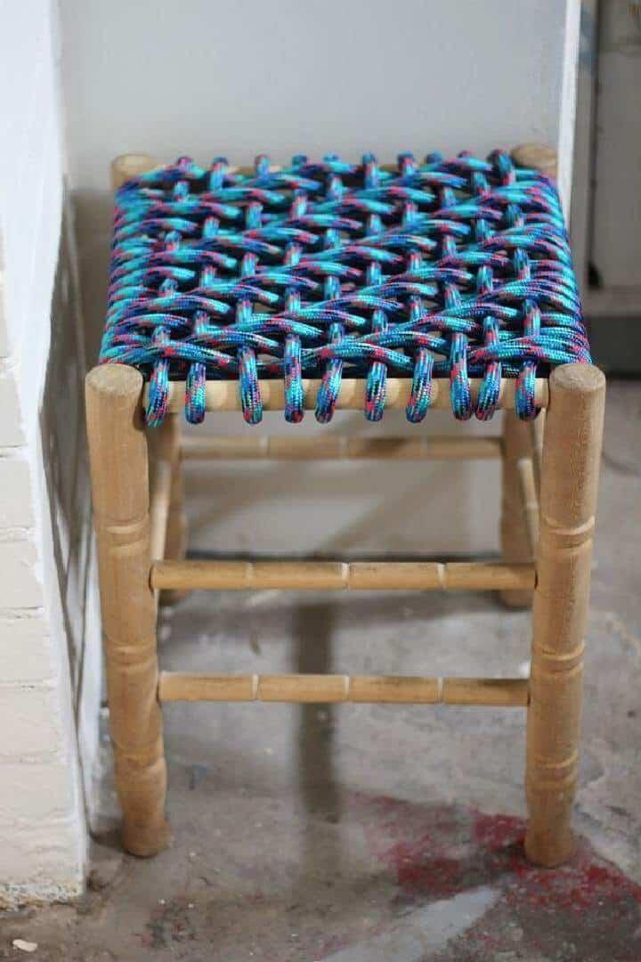 Taburete tejido de cuerda elástica DIY