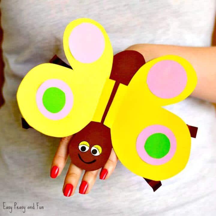 Hacer una marioneta de papel con forma de mariposa - DIY