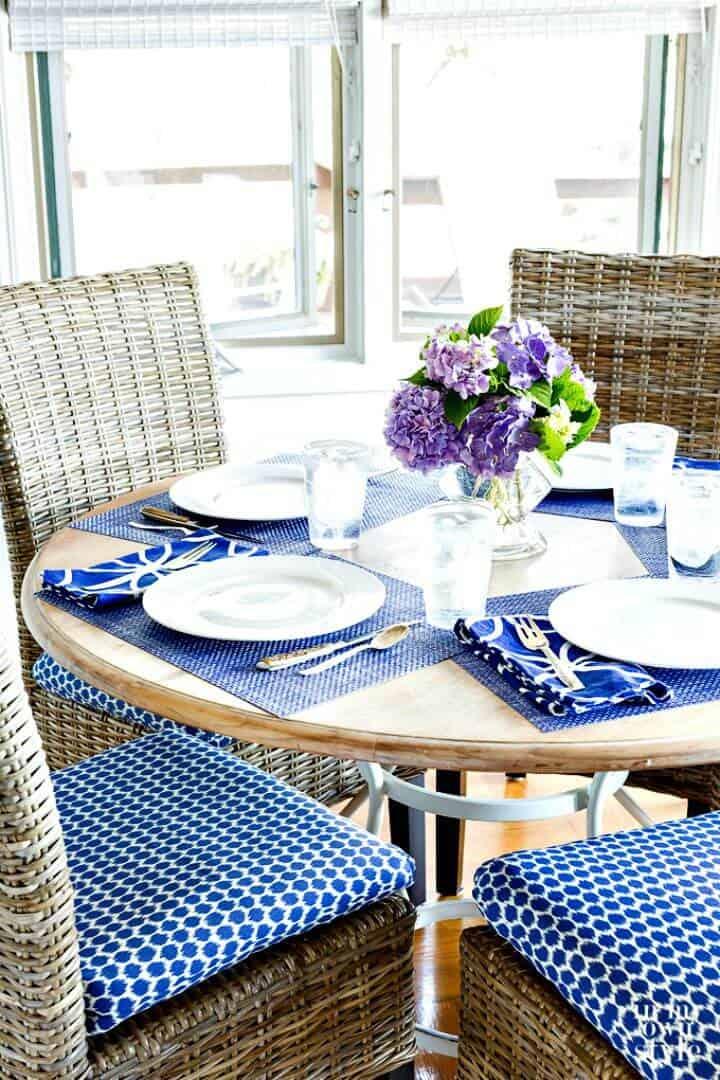 Cojines de silla de bricolaje fáciles para la cocina - Tutorial gratuito