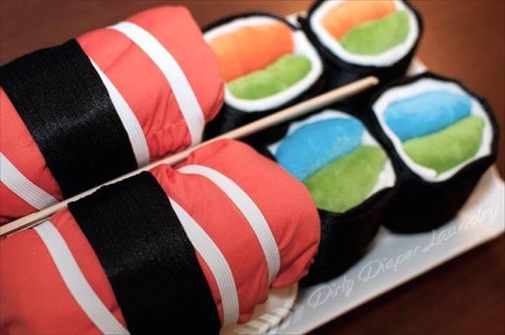 plato de sushi de pañal de tela fresca