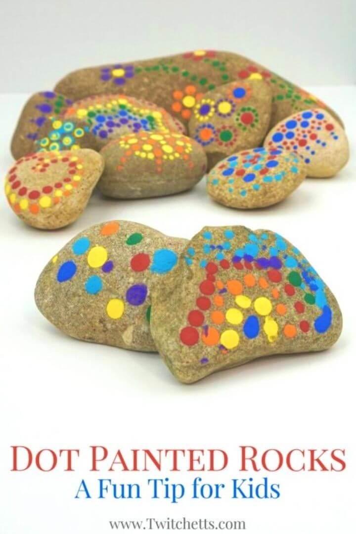 Pintura de puntos de bricolaje en rocas, patrones de rocas pintadas de bricolaje