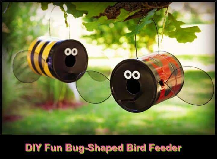 Hermoso y divertido comedero para pájaros en forma de insecto