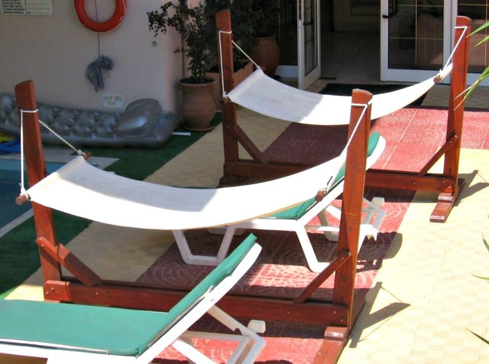 Hamaca de jardín con plano de soporte - Proyecto de bricolaje para el verano