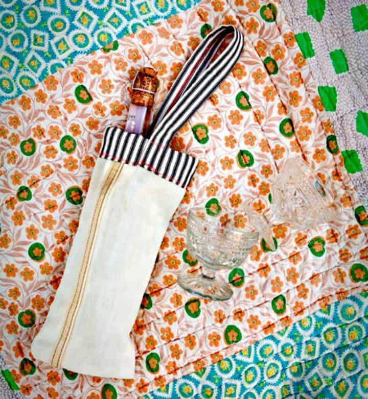 Adorable bolsa de vino de corte de mezclilla de DIY Halligan