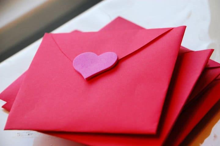 Sobre de corazón de bricolaje San Valentín