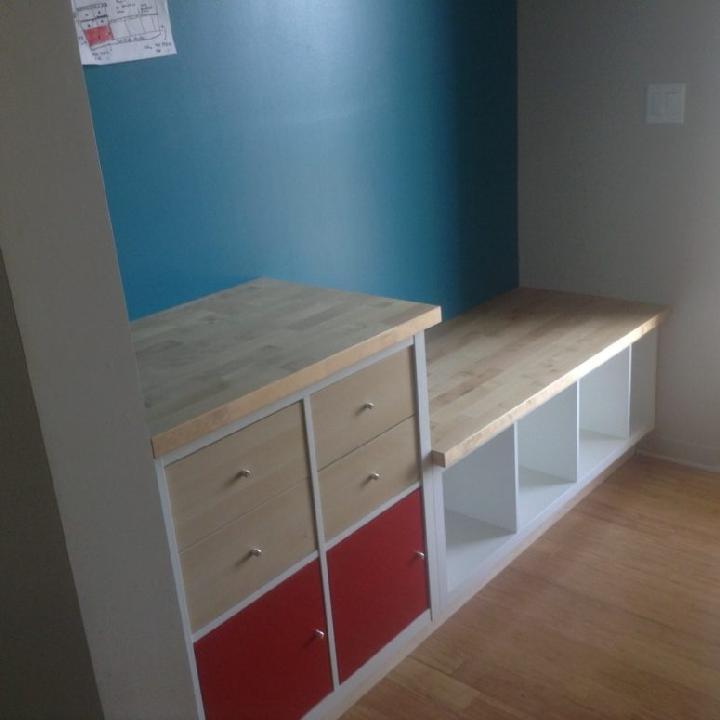 Banco empotrado Kallax de IKEA para bricolaje con almacenamiento