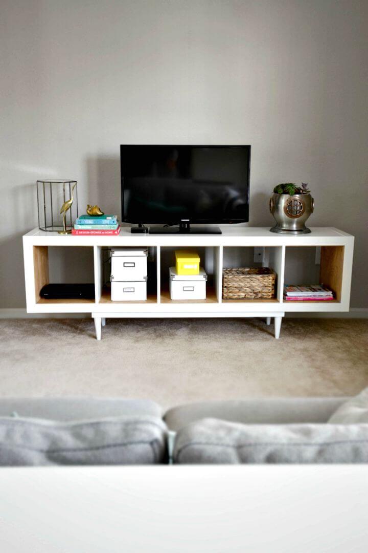 Estantería DIY Ikea Hack para soporte de TV