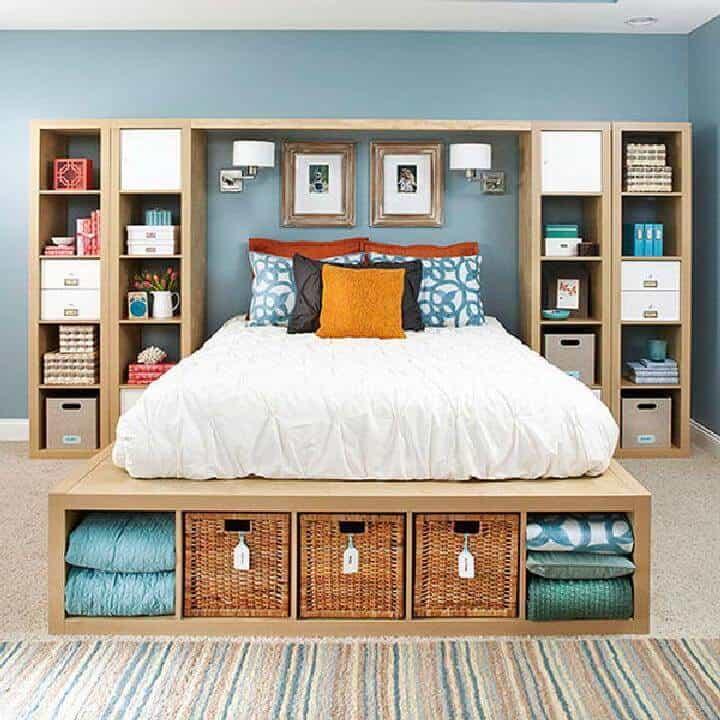 Estanterías de bricolaje Kallax en el almacenamiento del dormitorio principal