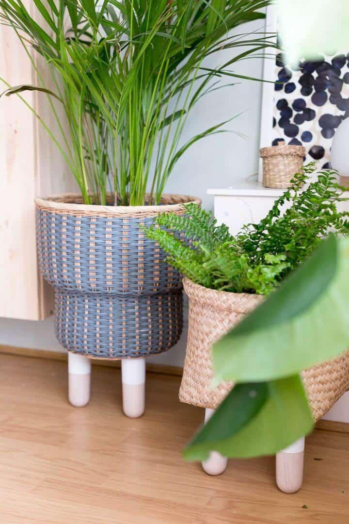 Jardinera de cesta con patas de bricolaje