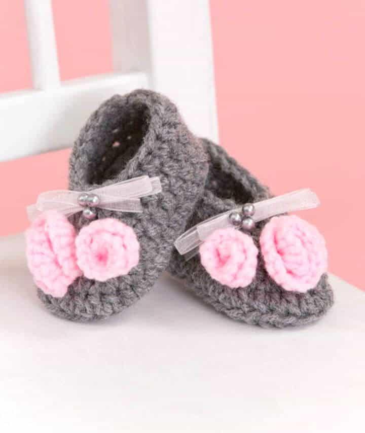 Patrón de botines de Little Miss a crochet gratis