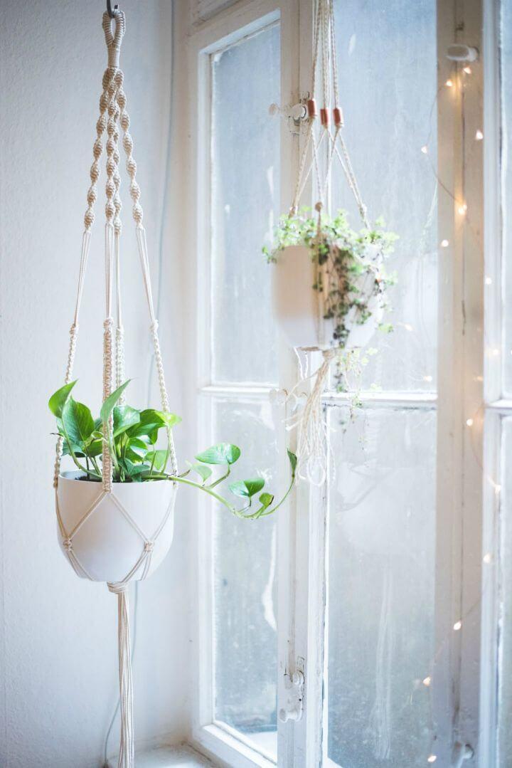 Colgador de plantas de macramé de bricolaje - Tutorial completo