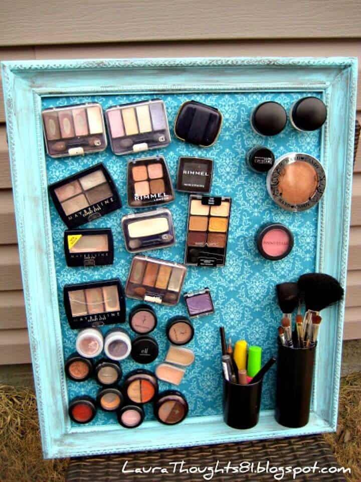 Adorable tablero magnético de maquillaje de bricolaje - Ideas de almacenamiento de maquillaje