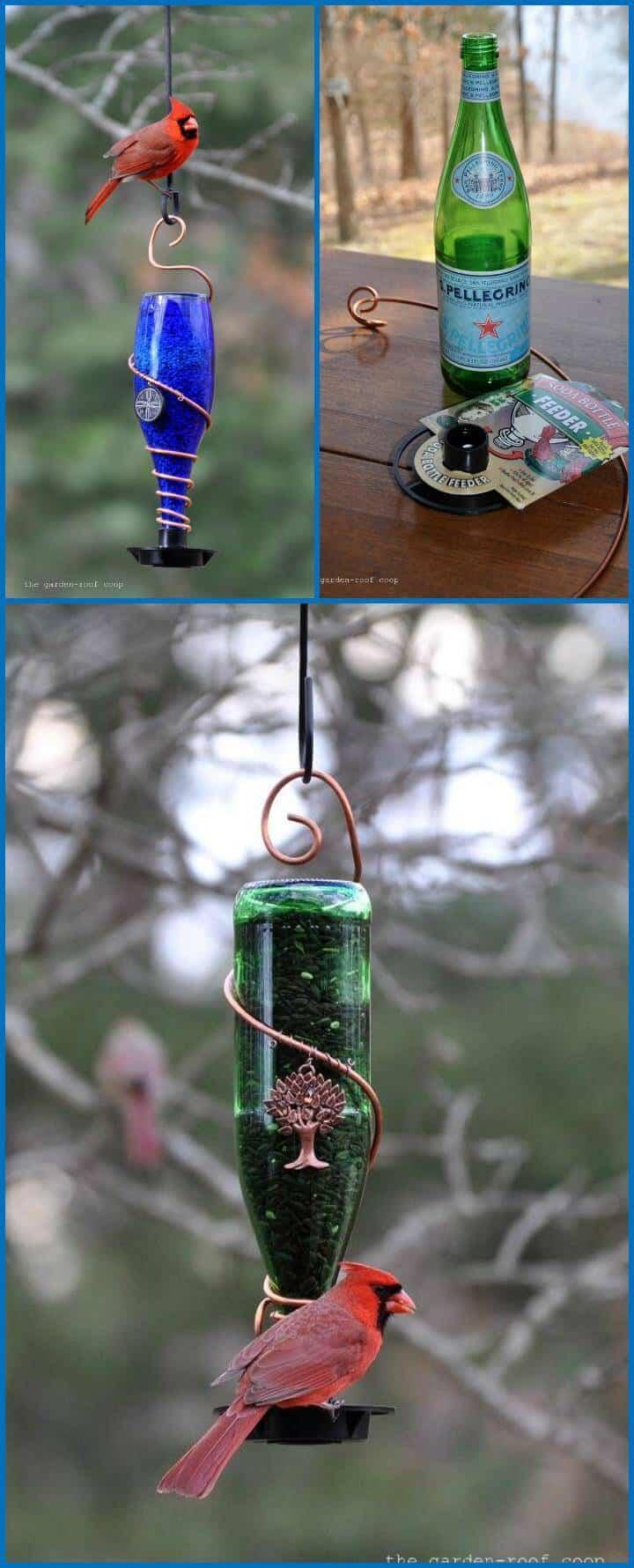 comedero para pájaros de botella de vidrio envuelto en alambre de metal