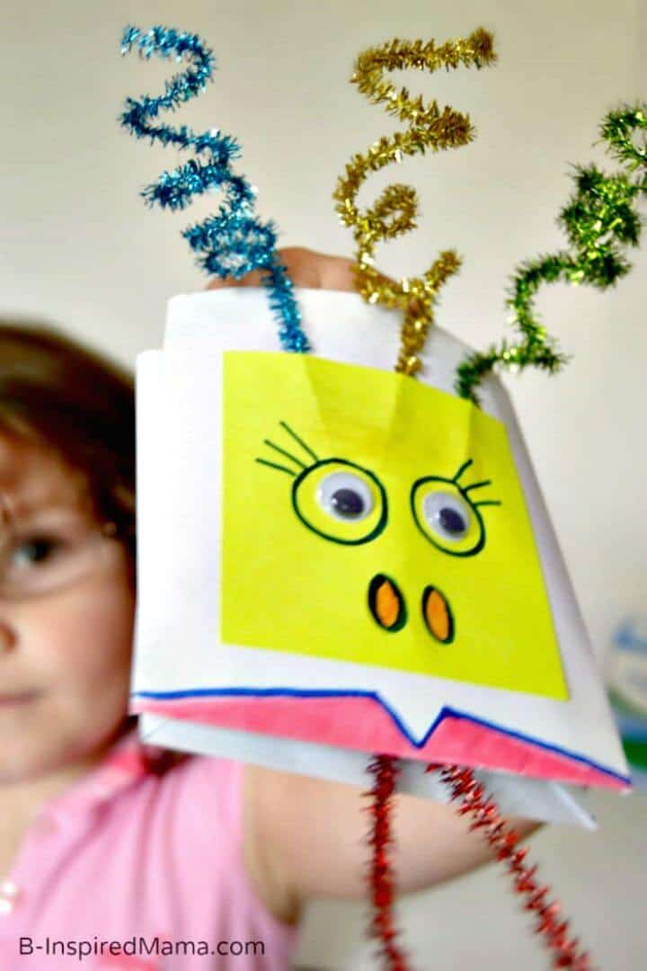 Marioneta de sobre inspirada en los Muppets de bricolaje