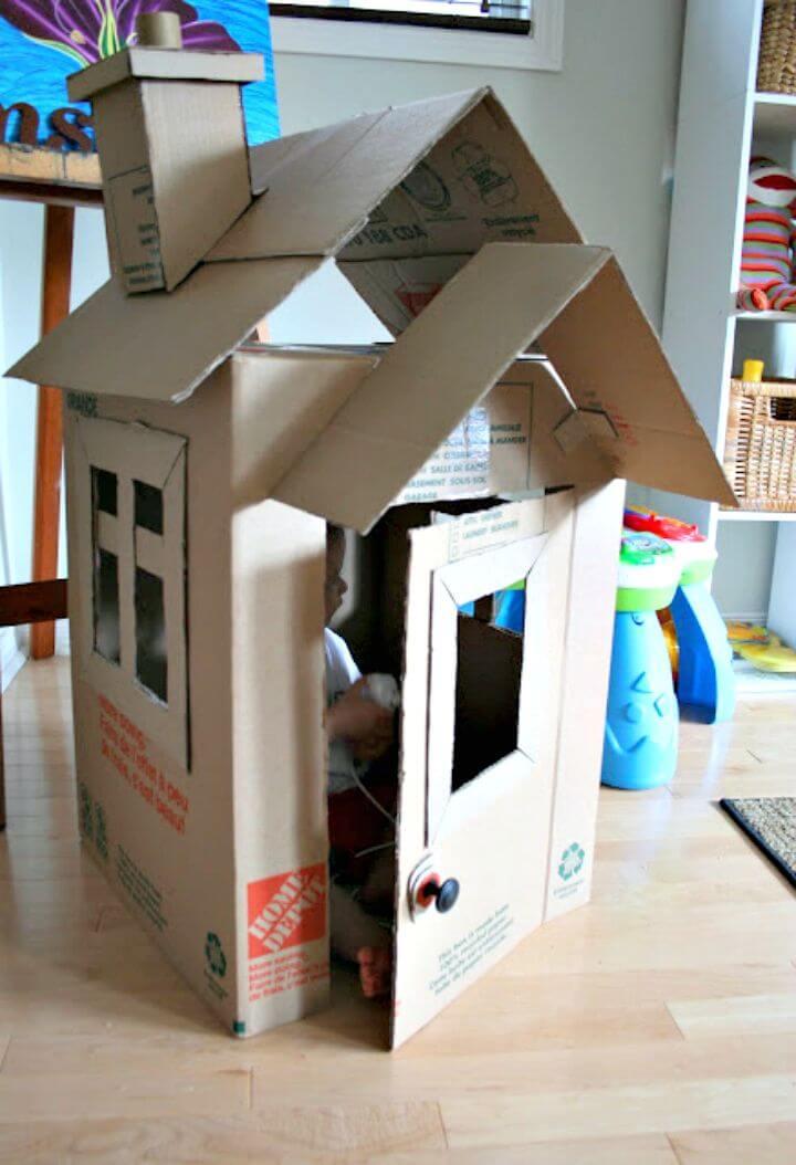 Casa de Ollie de bricolaje con cartón para niños