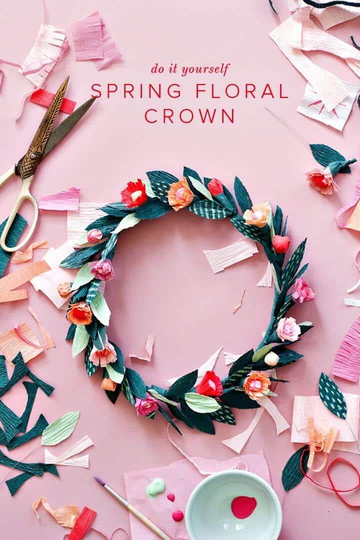 Corona floral de primavera de papel de bricolaje para primavera