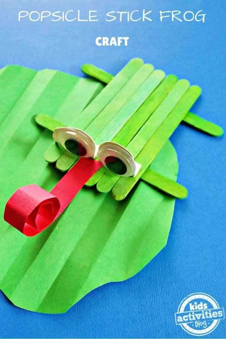 DIY Popsicle Stick Frog Craft para el campamento