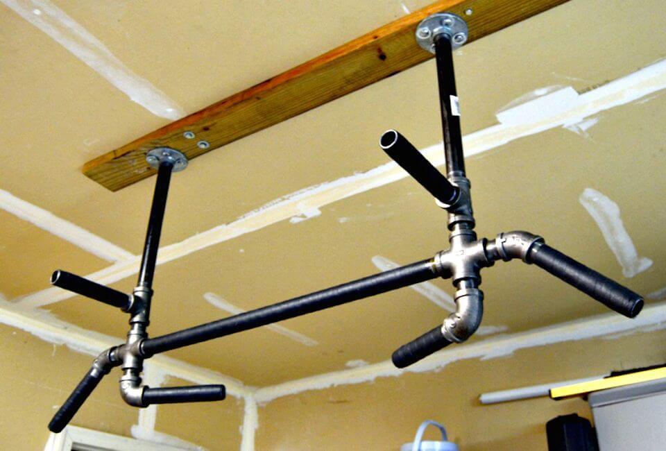 Barra de dominadas de bricolaje - Proyectos de equipos de gimnasio de bricolaje