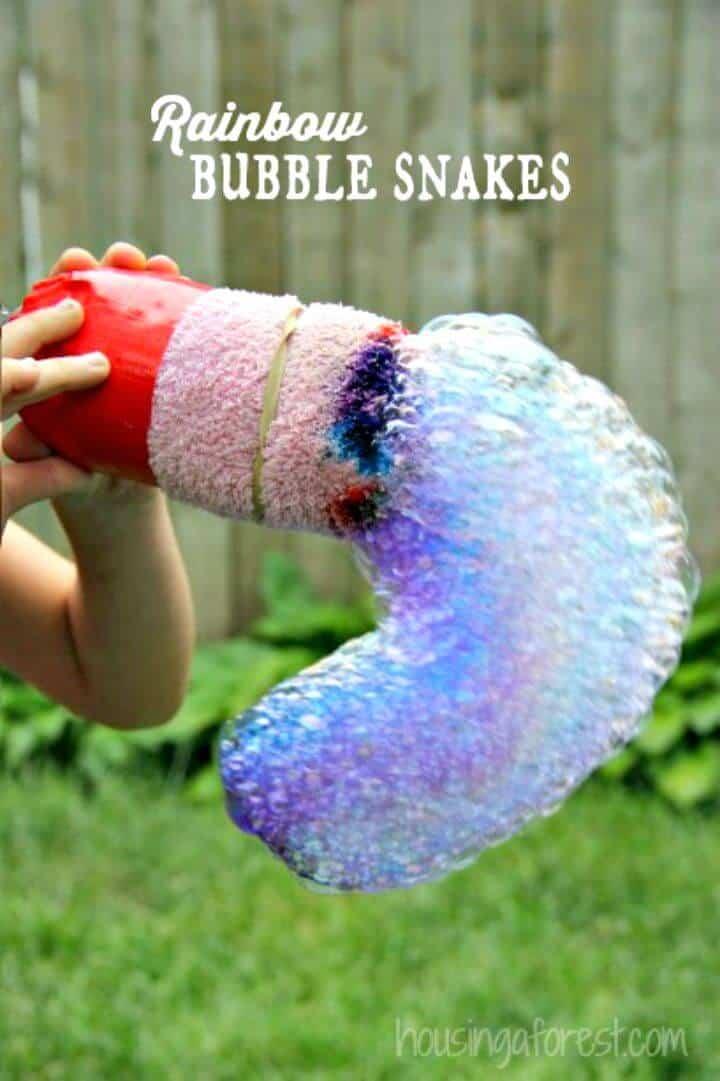 Cómo hacer serpientes de burbujas arcoíris