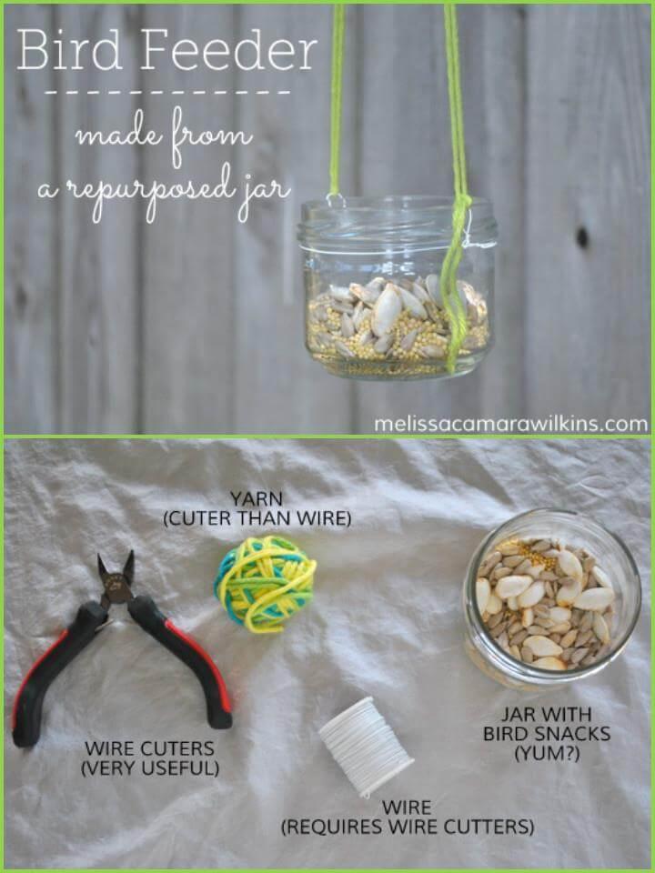 comedero para pájaros de tarro de vidrio reutilizado
