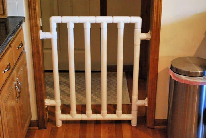 Puerta de bebé de tubo de PVC seguro y fuerte de bricolaje