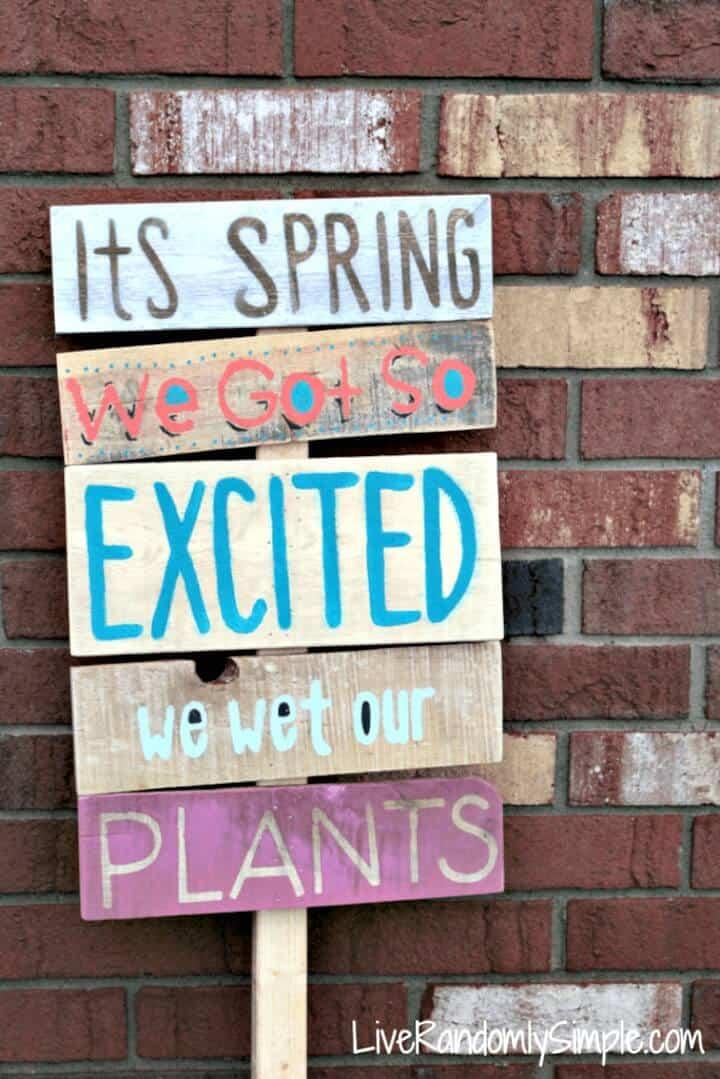 """Letrero de madera para jardín de bricolaje """"La primavera está aquí"""" - Idea de letrero de primavera"""