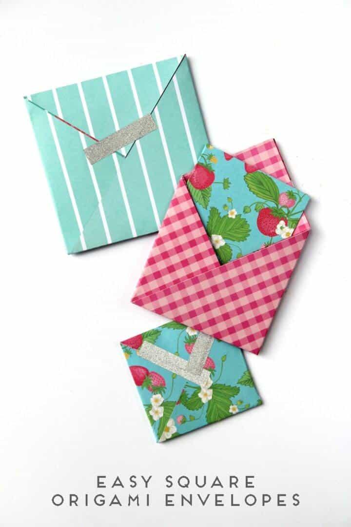 Sobres cuadrados de origami de bricolaje