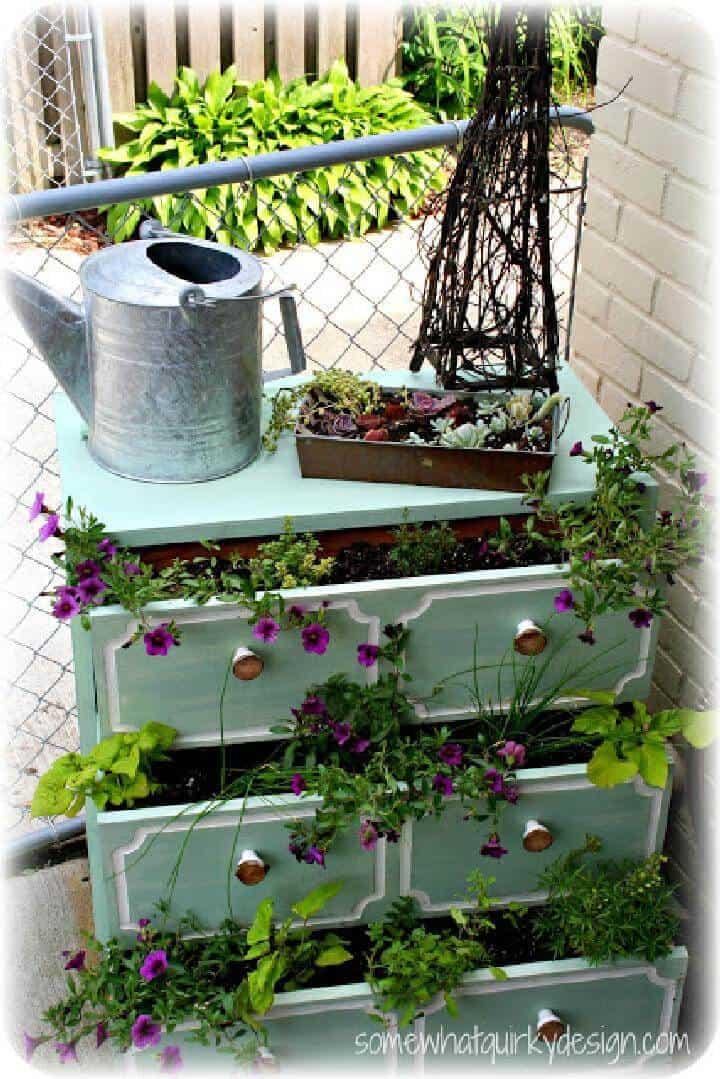 Cómoda jardinera súper hermosa de bricolaje