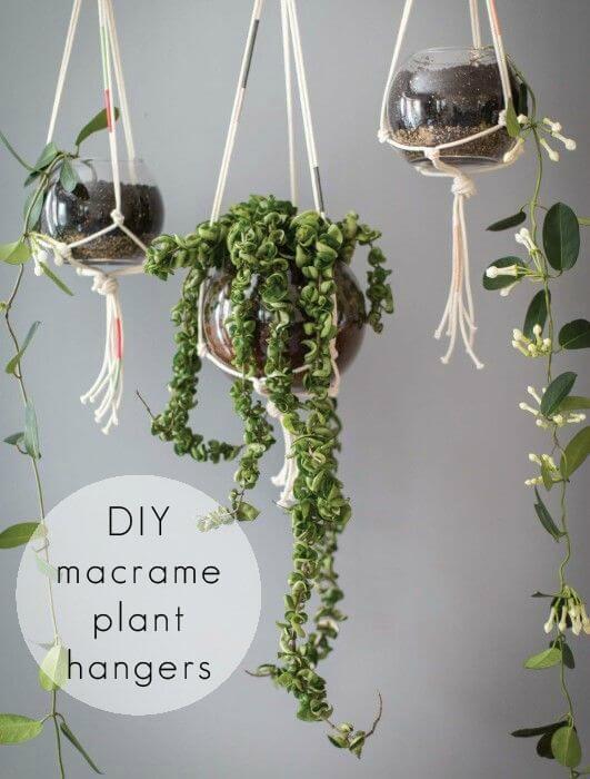 Jardinera colgante de macramé súper fácil de bricolaje