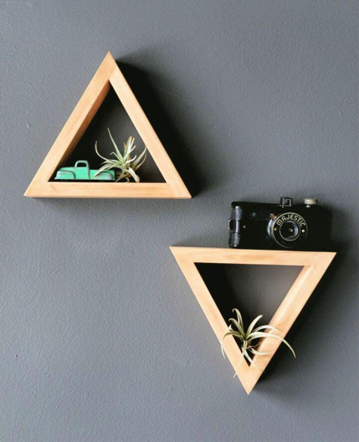 Estantes triangulares de bricolaje para la decoración de su habitación
