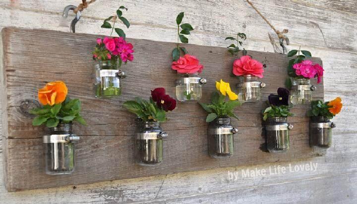 Jarrones de pared o candelabros de madera y tarros de masón para bricolaje